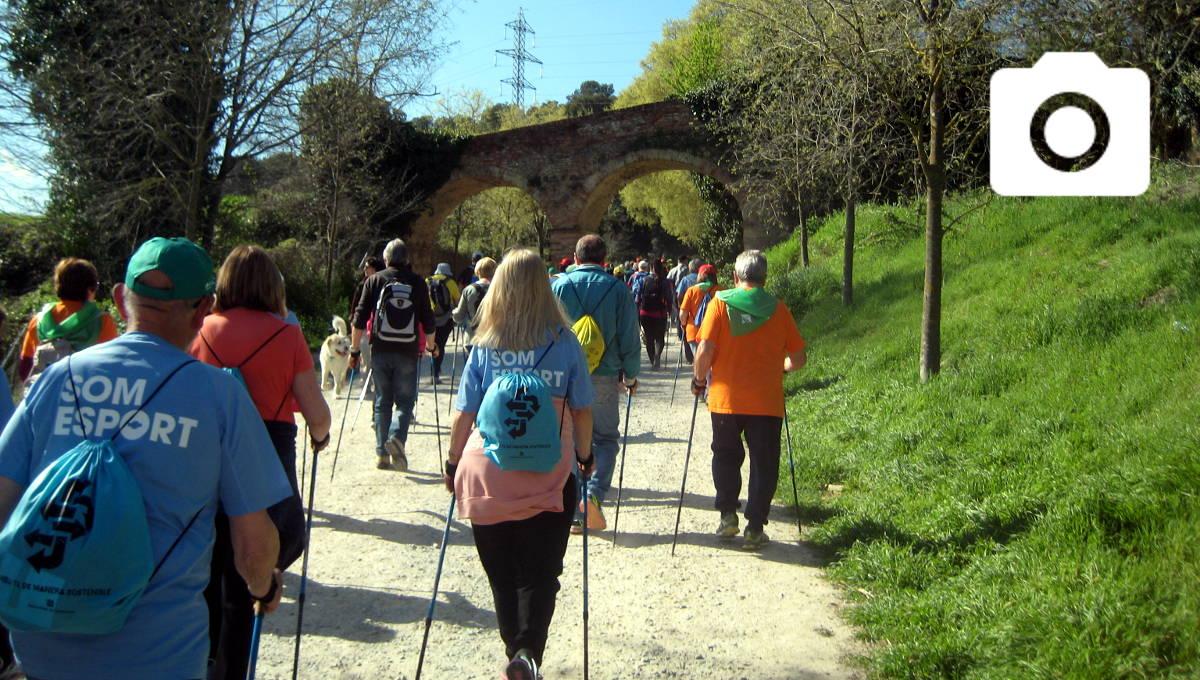 El grup d'activitat física participa a Cerdanyola del Vallès d'un taller de marxa nòrdica |FOTOS|
