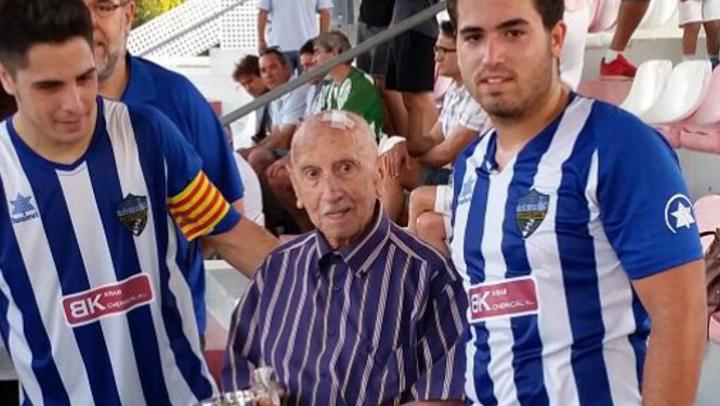 Vilanova del Camí acomiada avui el Dr. Emilio Longarón un dels seus fills predilectes