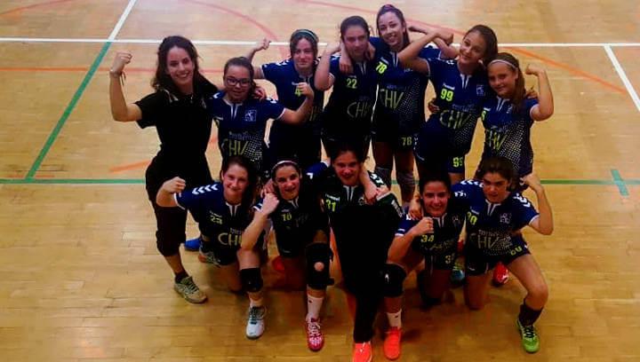 Traca final de l'handbol vilanoví amb la classificació de les infantils a les semifinals de Copa