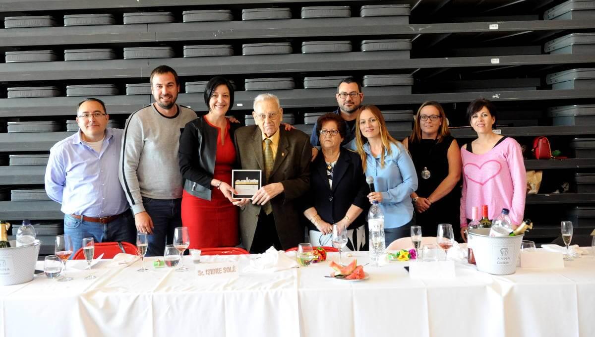 Un sentit homenatge a Isidre Solé tanca la 19a Setmana de la Gent Gran