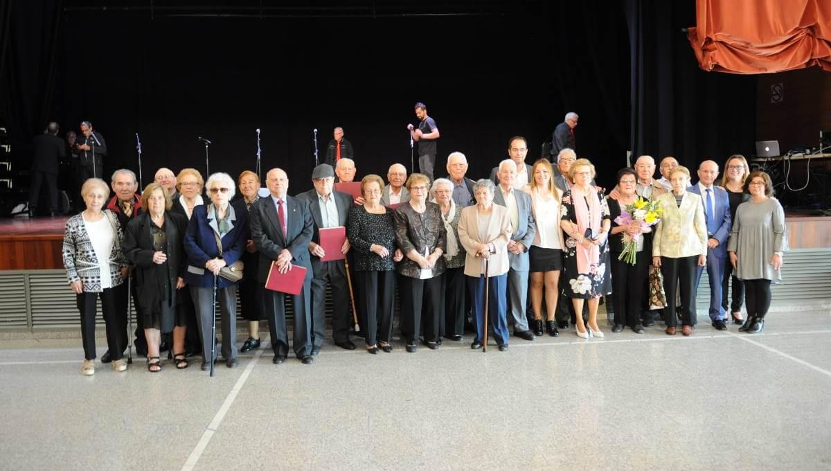 L'Associació de Pensionistes i Jubilats ret homenatge a 17 vilanovins nascuts el 1931 en el marc de la Setmana de la Gent Gran