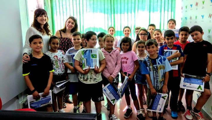 El grup de 3r B del Joan Maragall visita Ràdio Nova i pren apunts per enllestir el projecte d'una revista |ÀUDIO i FOTOS|