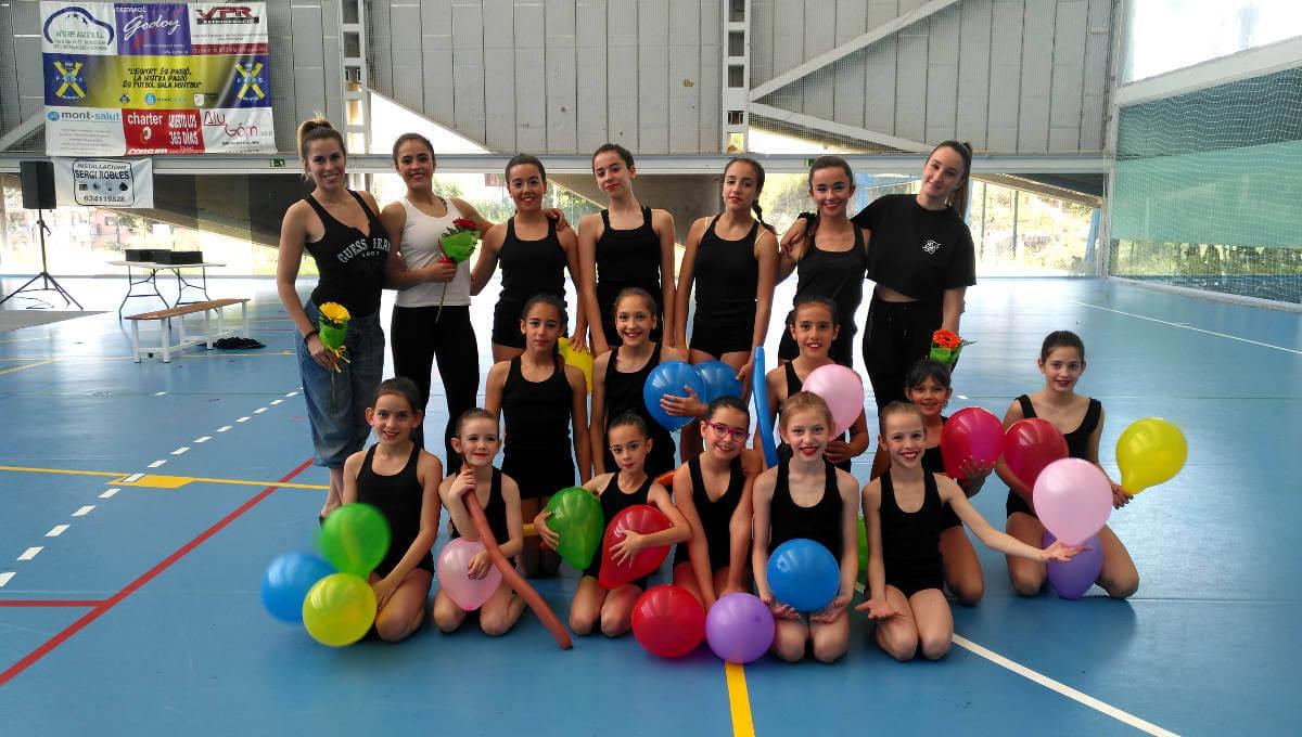 El Club Gimnàstic Ballerina s'estrena participant al Mundial de gimnàstica estètica de grup a Budapest i a la XIII gimnastrada montbuienca