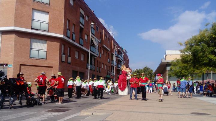 La cercavila amb els Geganters i Grallers de Vilanova del Camí enceta els actes de diumenge de Festa Major