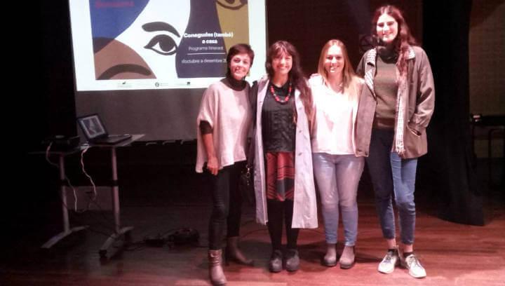 Una vintena de persones a la primera projecció de Films de dones