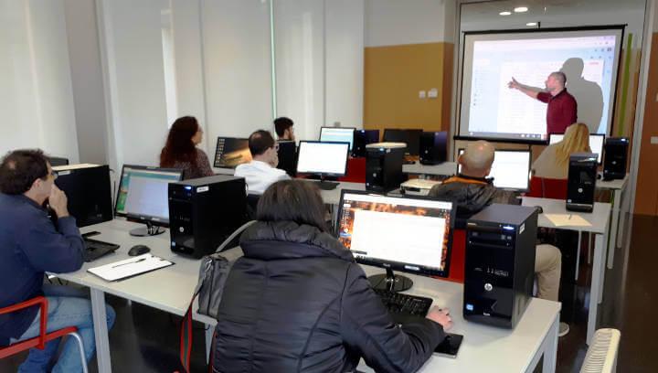 Promoció Econòmica inicia un nou curs per a persones emprenedores i petites empreses