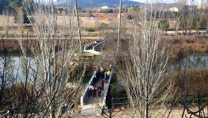 Vilanova del Camí estrena com amfitriona nou cicle 'A cent cap als cent' amb uns 150 excursionistes |FOTOS|