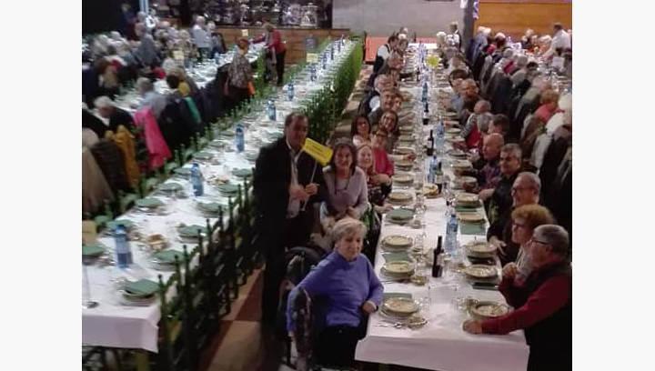 Unes cinquanta persones van gaudir d'una agradable sortida de Prenadal amb l'AAVV Barri Bonavista