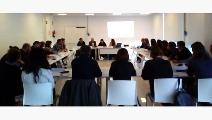 Una comissió comarcal unifica esforços en el treball d'acolliment als joves que migren sols