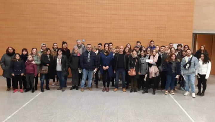L'Ajuntament lliura 35.000 € en beques de transport entre 85 estudiants vilanovins