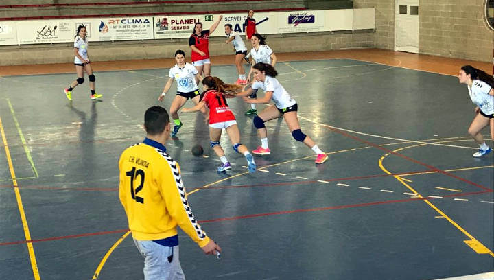 El CH Vilanova entra amb pas ferm a la segona fase després de guanyar a La Salle Montcada