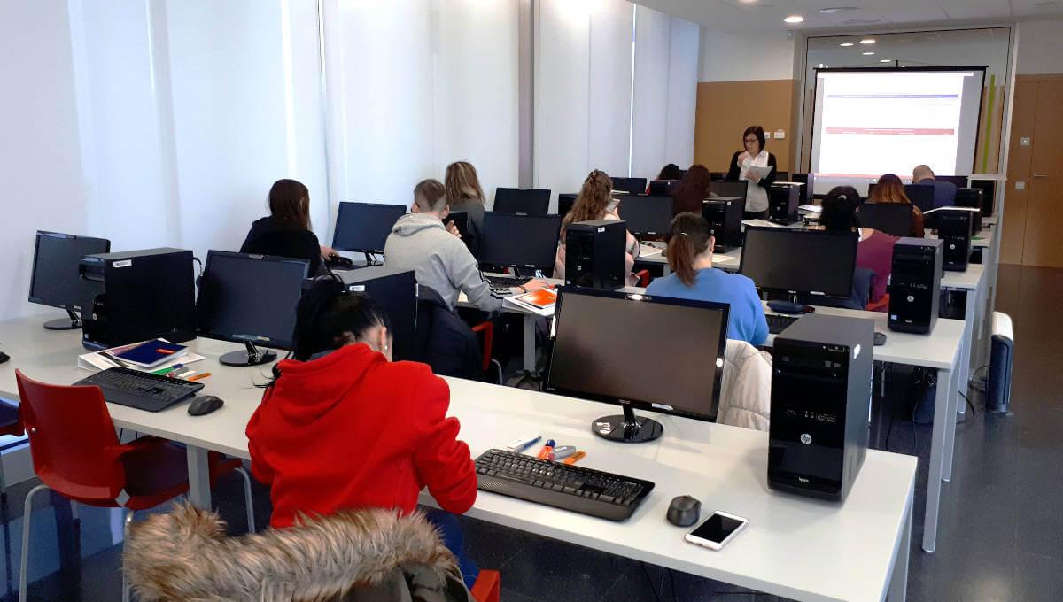15 persones milloren la seva capacitació i qualificació professional al Centre d'Innovació Anoia