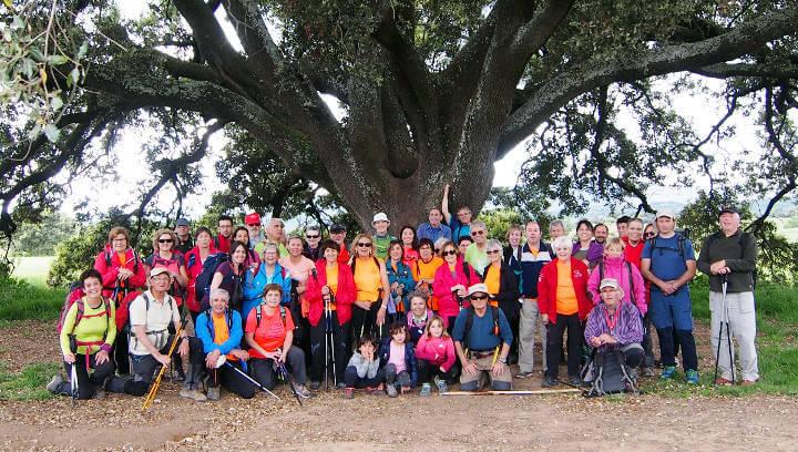 Caminant i descobrint Casserres amb la Colla Excursionista de Vilanova del Camí