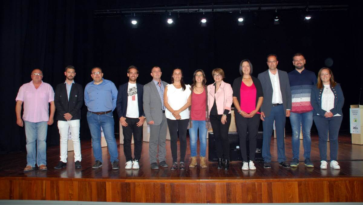 Els candidats opten pel gruix d'informació i ometen la rèplica en l'exposició pública a Can Papasseit | VÍDEO