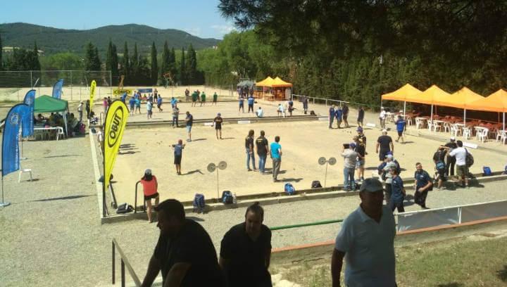 El IV Open de Petanca reuneix a Vilanova 32 tripletes en una competició de molt nivell