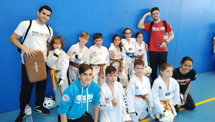 Dues plates i quatre bronzes del Campionat de Catalunya infantil de Taekwondo cap a Vilanova