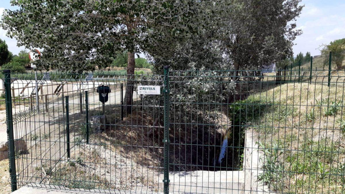 L'Ajuntament instal·la una tanca de protecció a la zona dels horts de Vilanova